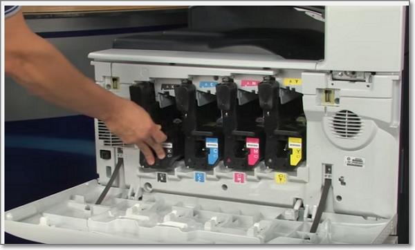 LaserjetCP6015_toner_instala.jpg