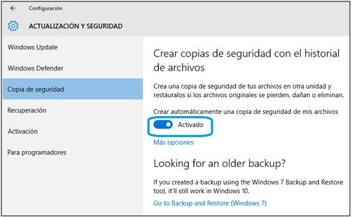 Guarde la copia de respaldo utilizando el Historial de archivos