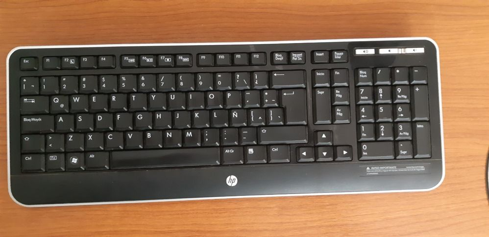 Teclado HP 310.jpg