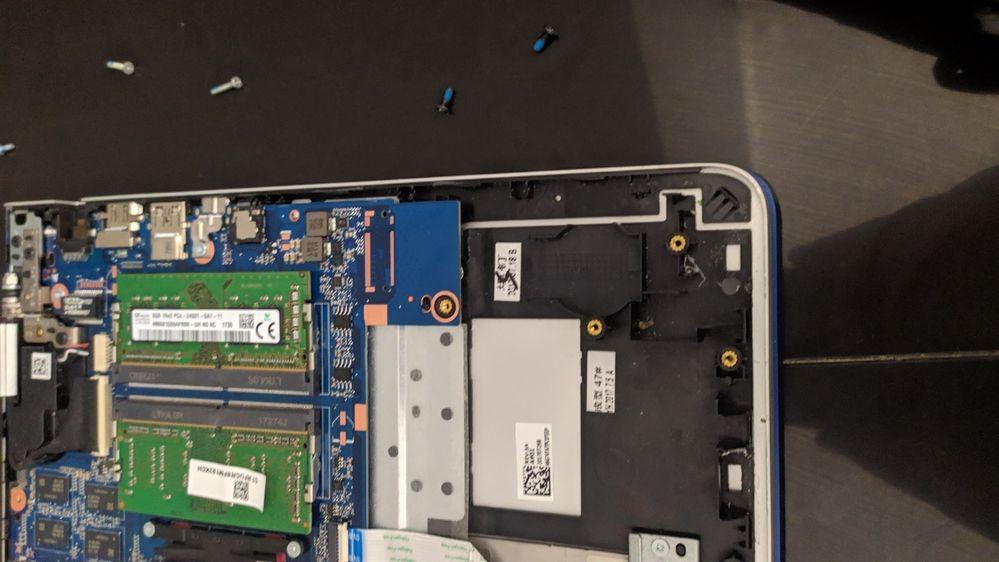 Este es el lugar designado para el SSD m.2 2280